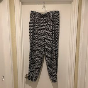 Xhileration Ikat Printed Pants